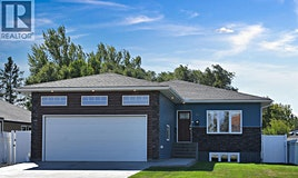 158 Wood Lily Drive, Moose Jaw, SK, S6J 1H5