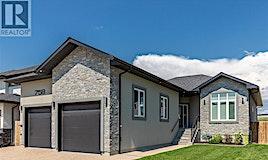 758 Kloppenburg Court, Saskatoon, SK, S7W 0P2