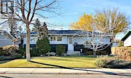 127 Maclean Crescent, Saskatoon, SK, S7J 2R6