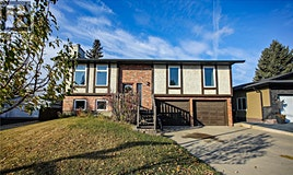 135 Charlebois Crescent, Saskatoon, SK, S7K 5J2