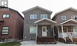 819 Ave N, Saskatoon, SK, S7M 2P2