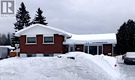 40 Laval Place, Timmins, ON, P4N 7M3