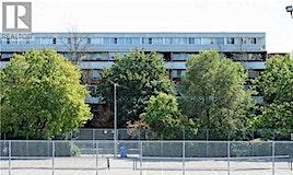 218-95 North Leeward Glenway, Toronto, ON, M3C 2Z6