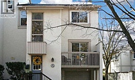 15-96 Maris Shepway, Toronto, ON, M2J 4S2