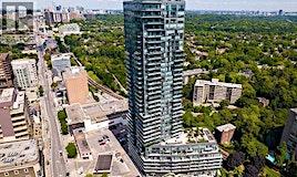 902-825 Church Street, Toronto, ON, M4W 3Z4