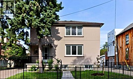 6 Lennox Street, Toronto, ON, M5S 1L4