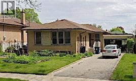17 Scotchdale, Toronto, ON, M1J 2N4