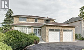 99 Fairglen Avenue, Toronto, ON, M1W 1A8