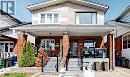184 Springdale Boulevard, Toronto, ON, M4C 1Z7