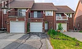 17 Ecclesfield Drive, Toronto, ON, M1W 2Y3