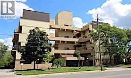 301-665 Kennedy Road, Toronto, ON, M1K 5E2