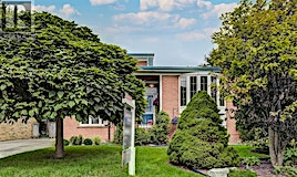 33 Cathedral Bluffs Drive, Toronto, ON, M1M 2T6