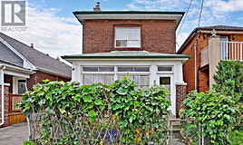 869 Cosburn Avenue, Toronto, ON, M4C 2W4