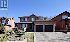 779 Hallander Road, Newmarket, ON, L3Y 8H5