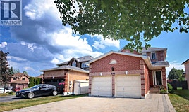 698 College Manor Drive, Newmarket, ON, L3Y 8G5
