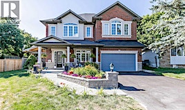 829 Legge Court, Newmarket, ON, L3Y 3J1