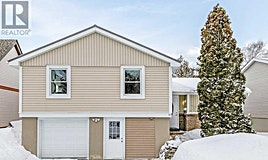 17 Oren Boulevard, Barrie, ON, L4N 4T3