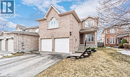 13 Round Leaf Court, Barrie, ON, L4N 9N3