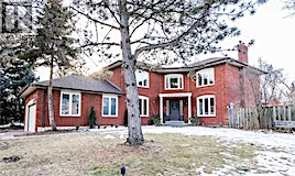 987 Red Pine Crescent, Mississauga, ON, L5H 4E4