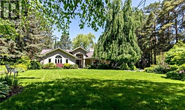 1049 Indian Road, Mississauga, ON, L5H 1R6