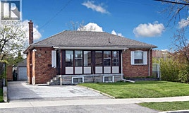 233 Falstaff, Toronto, ON, M6L 2G2