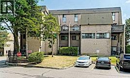 # 161-2095 Roche Court, Mississauga, ON, L5K 2C8