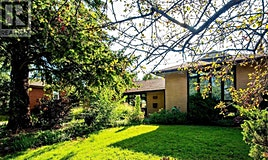 1336 Kendall Road, Mississauga, ON, L4Y 1K3