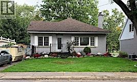 8 Concord Avenue East, Hamilton, ON, L9H 1R6