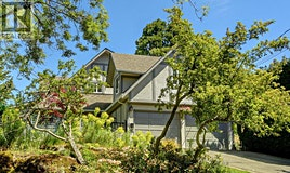 1340 Manor Road, Victoria, BC, V8S 2A2