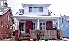 872 Dawson, Windsor, ON, N8Y 4A2