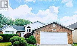 2586 St. Clair, Windsor, ON, N9E 4L8
