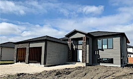 13 Foxdale Way, Niverville, MB, R0A 0A2