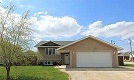 5 Linden Place, Mitchell, MB, R5G 2J3