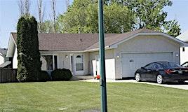 402 Cottonwood Drive, Steinbach, MB, R5G 0V7