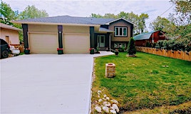 24 Oakview Avenue, Mitchell, MB, R5G 1G8