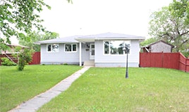 3 Nicholson Crescent, Winnipeg, MB, R2P 0P8