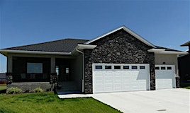 15 Redwood Place, Steinbach, MB, R5G 0X1