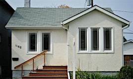 1162 Valour Road, Winnipeg, MB, R2E 2W5