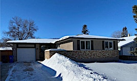 63 Wadham Bay, Winnipeg, MB, R3T 3K2