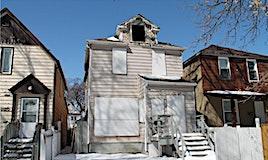 390 Simcoe Street, Winnipeg, MB, R3G 1W2