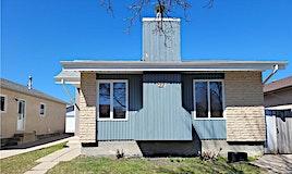 27 Larkspur Drive, Winnipeg, MB, R2R 2T3