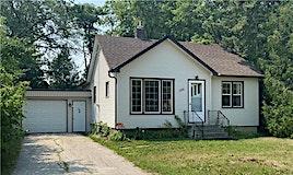 198 Home Street, Steinbach, MB, R5G 0E5