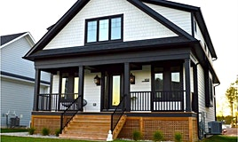 102 Sycamore Street, Blue Mountains, ON, L9Y 4E2