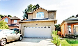 35 Bordeaux Court, Hamilton, ON, L9B 2G7