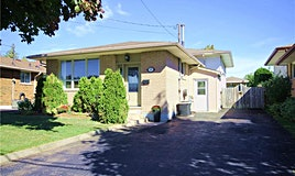 19 Queensbury Drive, Hamilton, ON, L8W 1J1