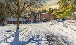 250 Woodland Acres Crescent, Vaughan, ON, L6A 1G1