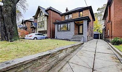 8 Cameron Crescent, Toronto, ON, M4G 1Z8