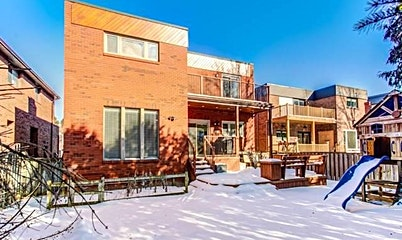 26 Creekside Road, Toronto, ON, M2M 4E1