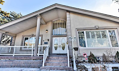 15 Feldbar Court, Toronto, ON, M2N 4P7