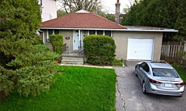 93 Centre Avenue, Toronto, ON, M2M 2L7